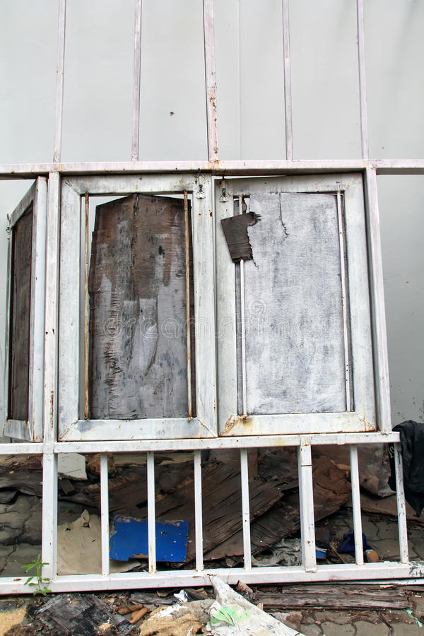 Free Old Wood Windows Stock Photography - 26724042