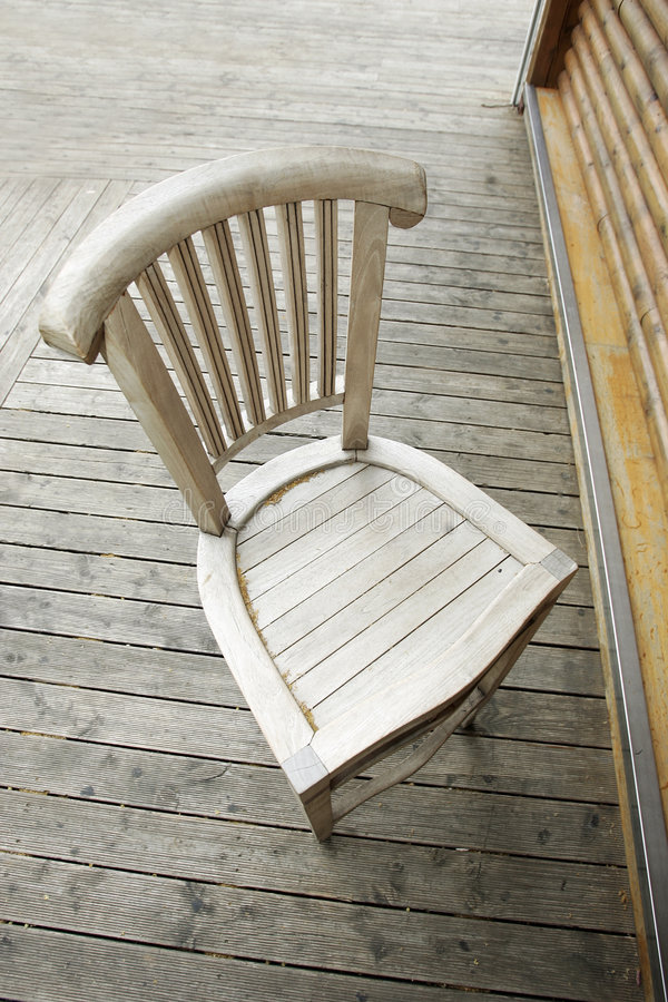 Free Old Wooden Chair Stock Image - 2603851