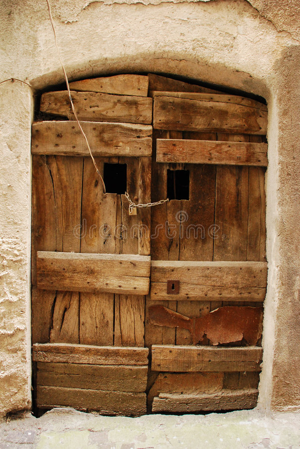Free Old Wooden Door 1 Royalty Free Stock Images - 4424499