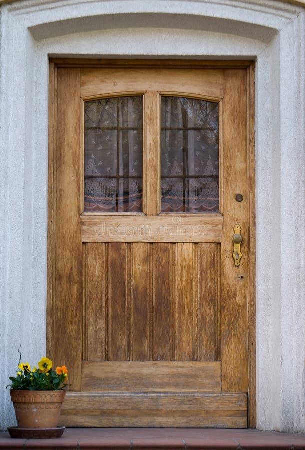 Free Old Wooden Door Stock Image - 9001441