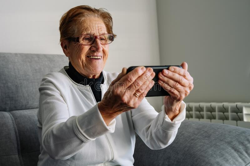 2 711 Older Person Telephone Photos Free Royalty Free Stock Photos From Dreamstime