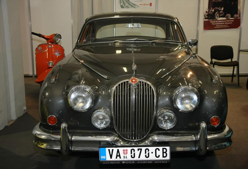Oldtimer de Jaguar au Car Show de Belgrade photos libres de droits