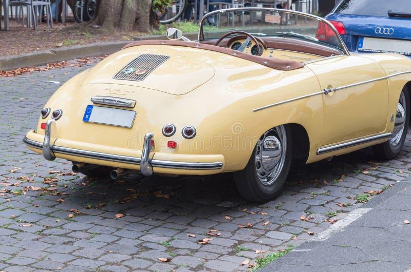 Oldtimer 1500 de Porsche fotografía de archivo