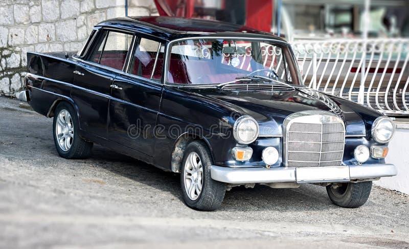 Download Oldtimer Retro Vintage Car Limousine At Street Stock Image - Image: 36674481
