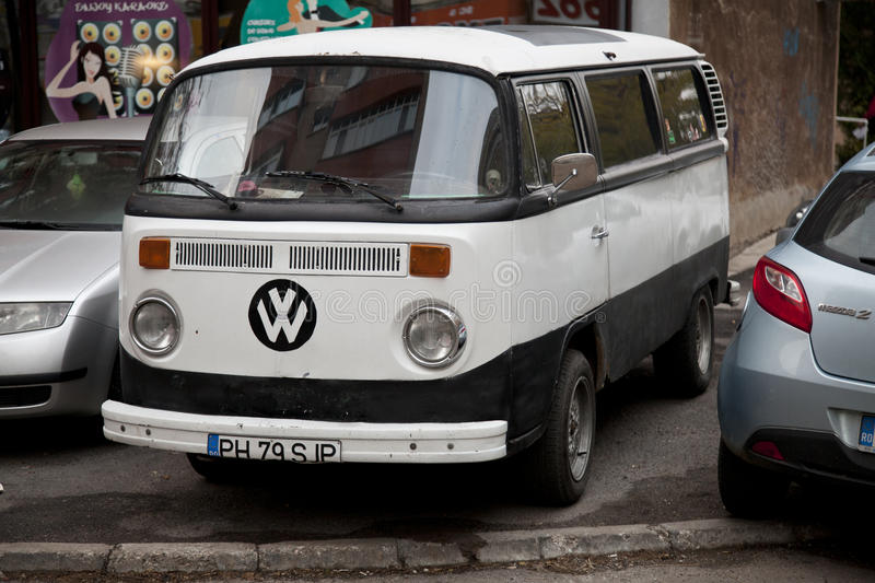 Oldtimer VW bus royalty free stock photo