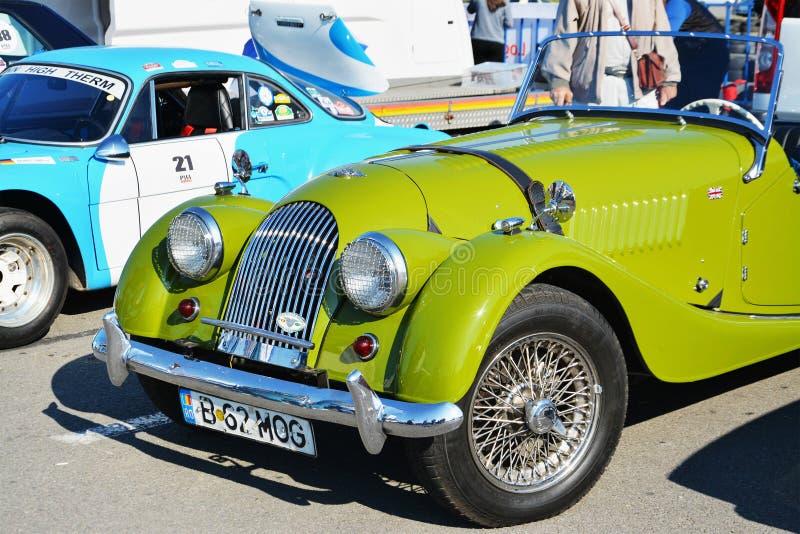 Oldtimerfront offenen Tourenwagens Weinlese-Morgan Pluss 4 lizenzfreies stockfoto