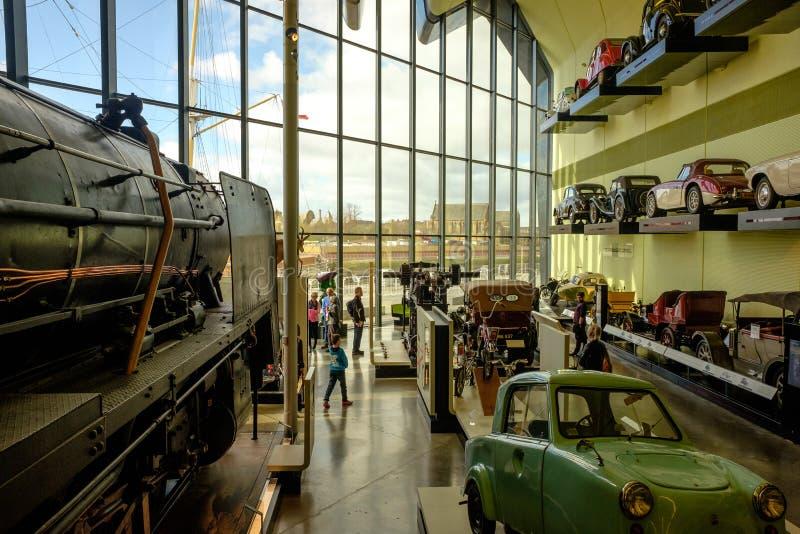 Oldtimersammlung im Flussufer-Museum Glasgow Harbour, Schottland stockfotos