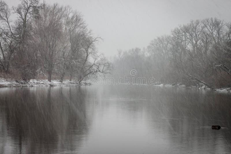 Olentangy-Fluss-Winter-Sturm stockfotos