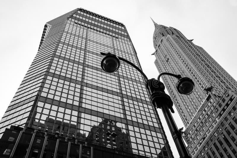 Olhando acima NYC foto de stock