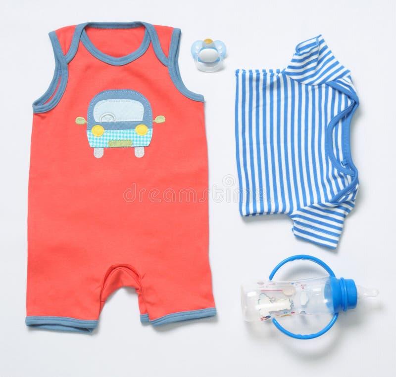 Olhar na moda da forma da vista superior da roupa e do material do bebê foto de stock royalty free