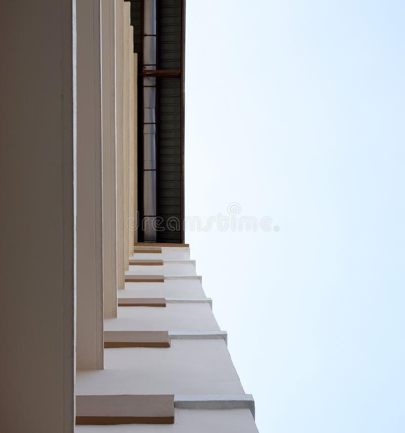 Olhe acima no alojamento do apartamento em Tailândia Etapa da construção imagem de stock