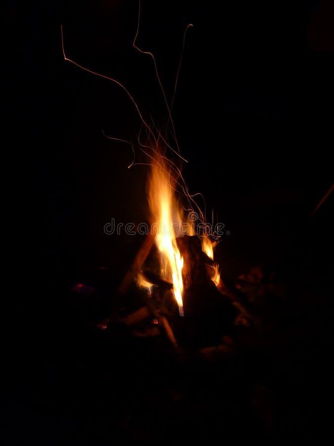 Olhe o fogo com prazer imagem de stock royalty free