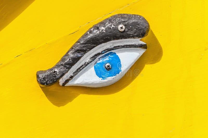 Olho de Horus ou de Osiris em Luzzu em Marsaxlokk, Malta foto de stock
