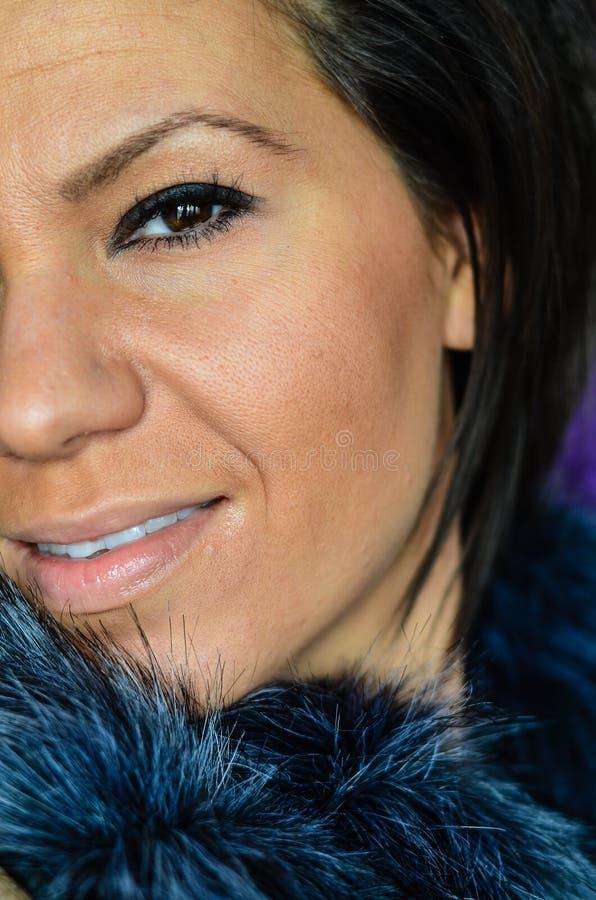 Olhos azuis novos bonitos do olho da mulher? fotografia de stock