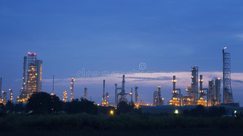 Olie, de gasindustrie en raffinaderij royalty-vrije stock foto's