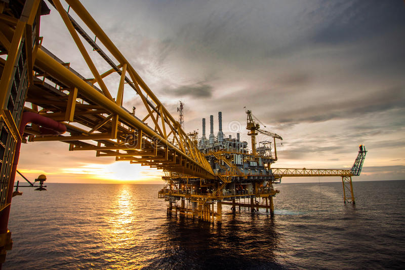Olie en installatieplatform royalty-vrije stock foto