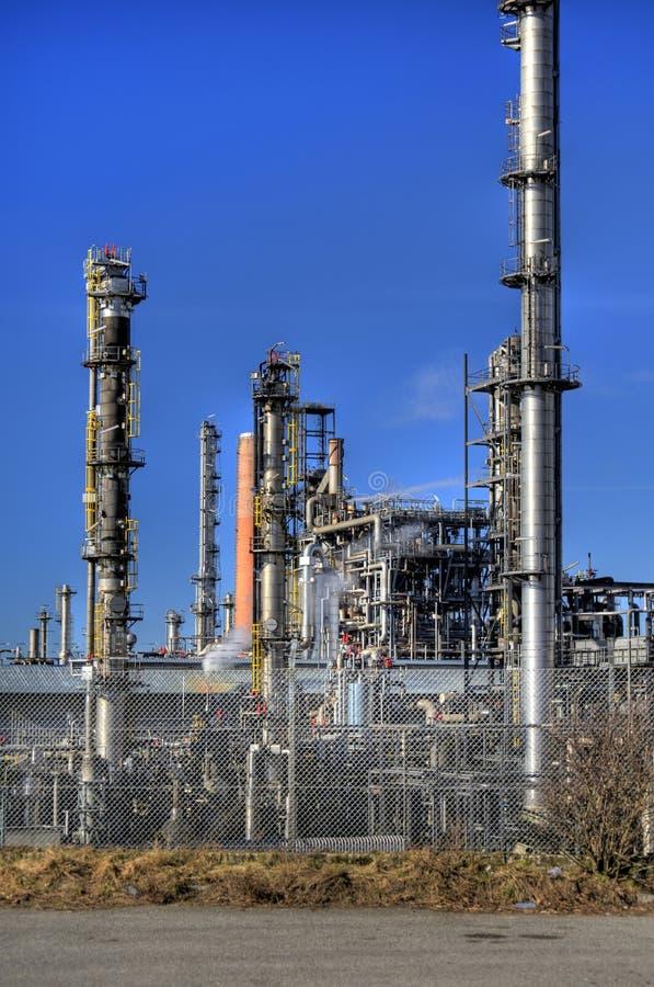 Olieraffinaderij in Duitsland stock afbeelding