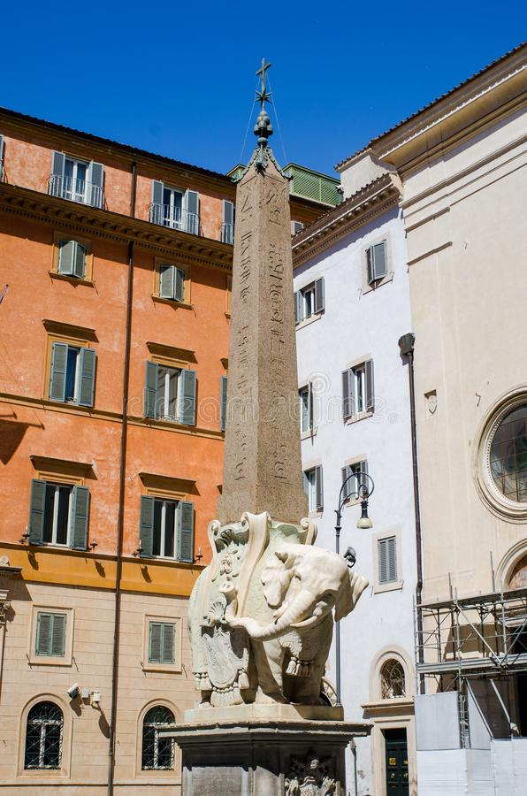 Olifant en Obelisk in Piazza Della Minerva, Rome royalty-vrije stock fotografie