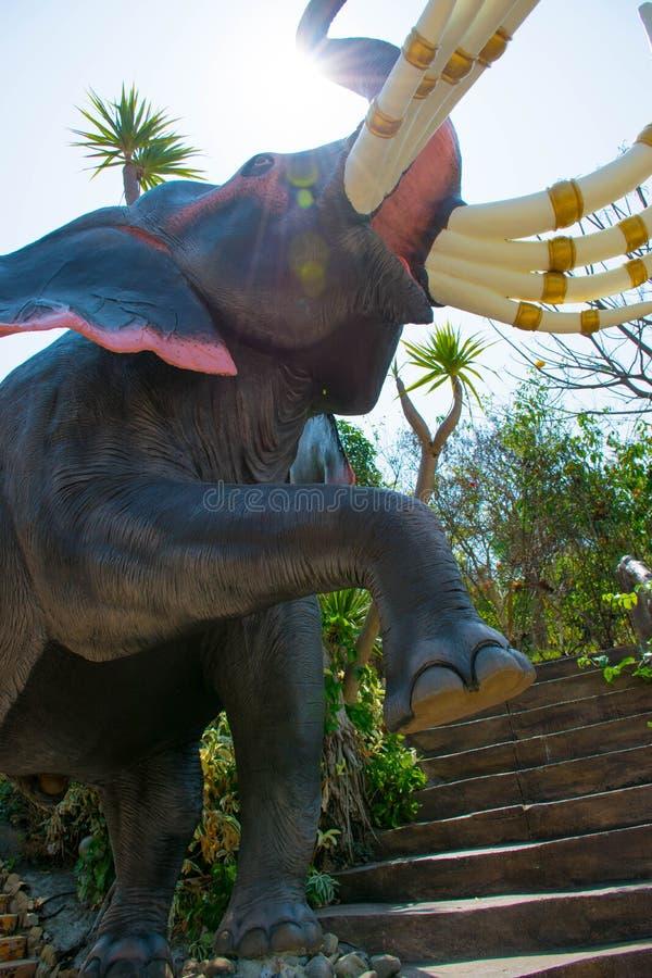 Olifantsstandbeeld stock foto's