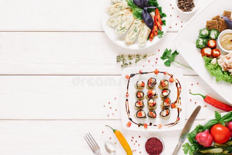 Olik festlig mat för hemlagade aptitretaremellanmål arkivfoton