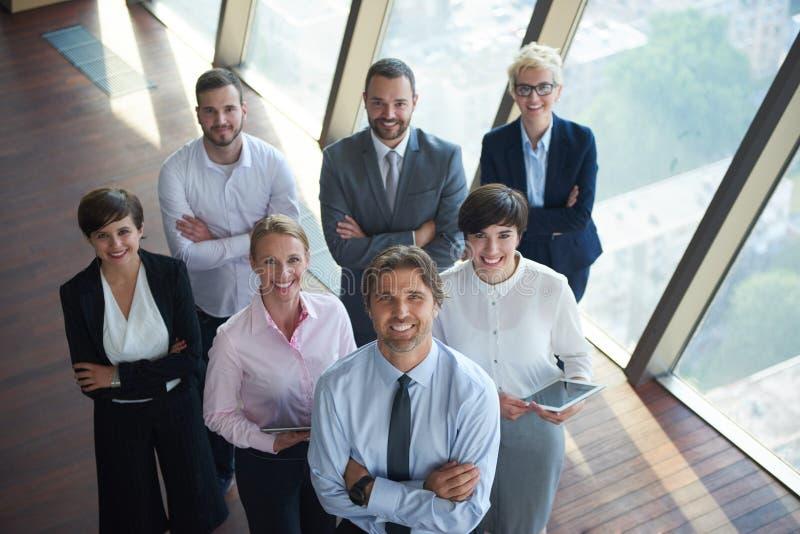 Olik grupp för affärsfolk royaltyfri bild