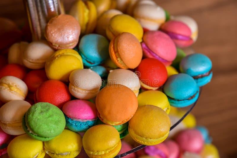 Olika färger av macarons royaltyfria foton