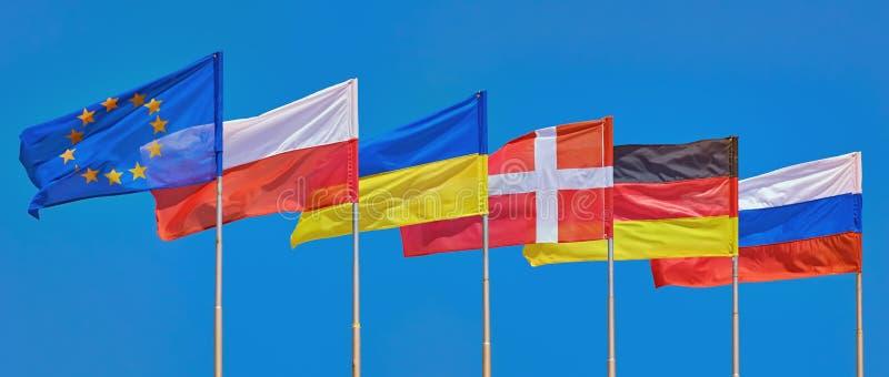 olika flaggor för länder royaltyfri foto