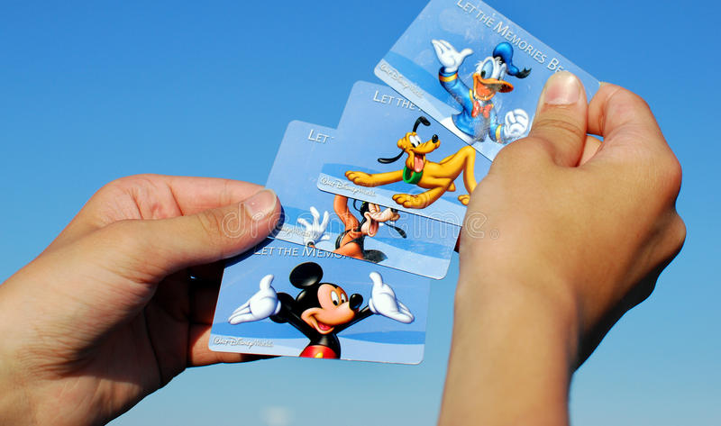 Olika kort för Disney världstillträde royaltyfri foto