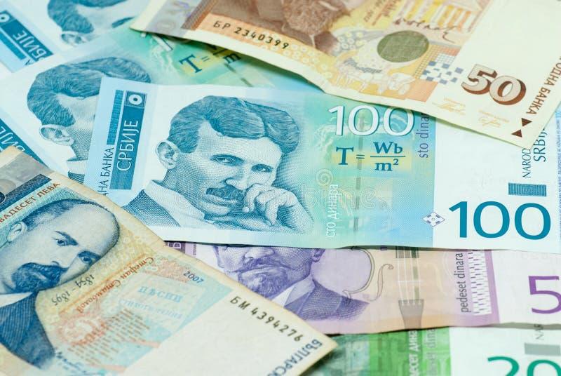 Olika sedlar av den serbiska dinar och den bilaterala handelkomrets för bulgarian leva utbyter begrepp royaltyfri foto