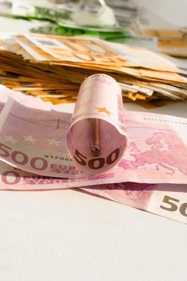 Olika sedlar av euro 100.200.500 arkivbilder