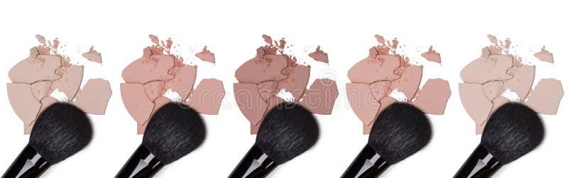 Olika signaler av kosmetiskt pulver royaltyfria bilder