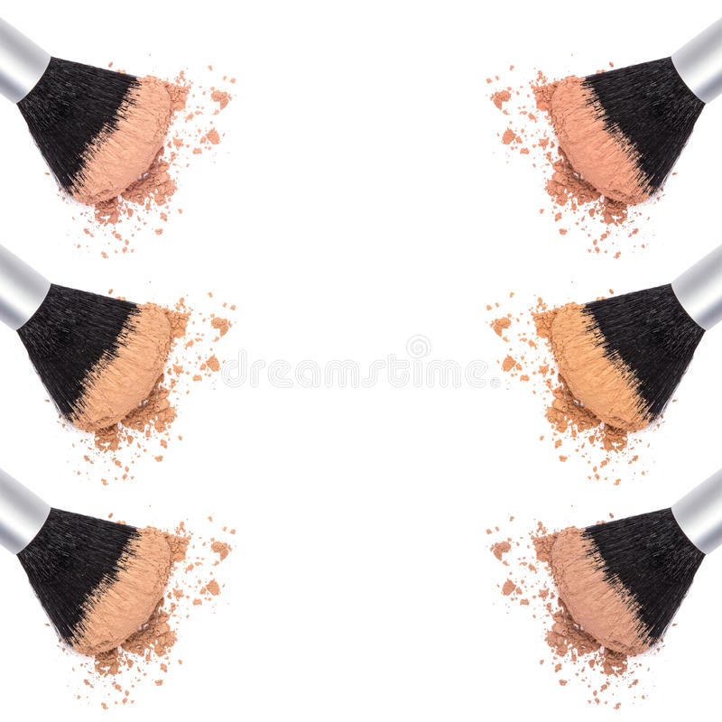Olika skuggor av löst kosmetiskt pulver fotografering för bildbyråer