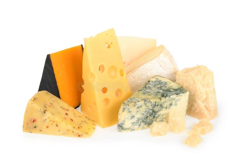 Olika typer av ost som isoleras på vit fotografering för bildbyråer