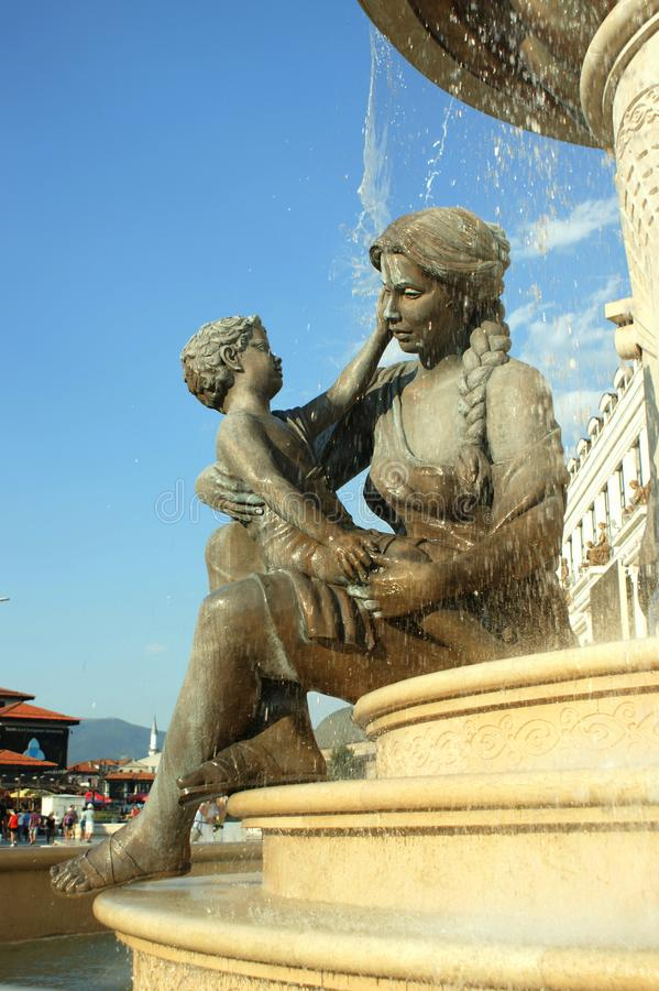 Olimpia-Bronzestatue Mutter von Philip II lizenzfreie stockbilder