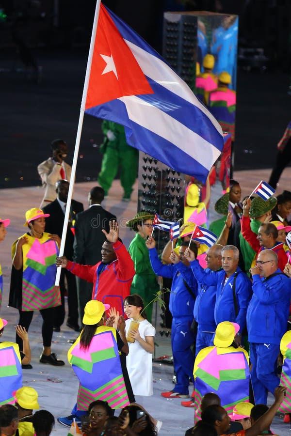 Olimpijski drużynowy Kuba maszerował w Rio 2016 olimpiad ceremonię otwarcia zdjęcia stock