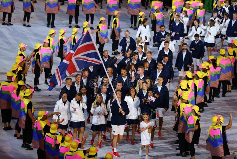 Olimpijski mistrz Andy Murray niesie Zjednoczone Królestwo chorągwianego prowadzący Olimpijskiego drużynowego Wielkiego Brytania  zdjęcie royalty free