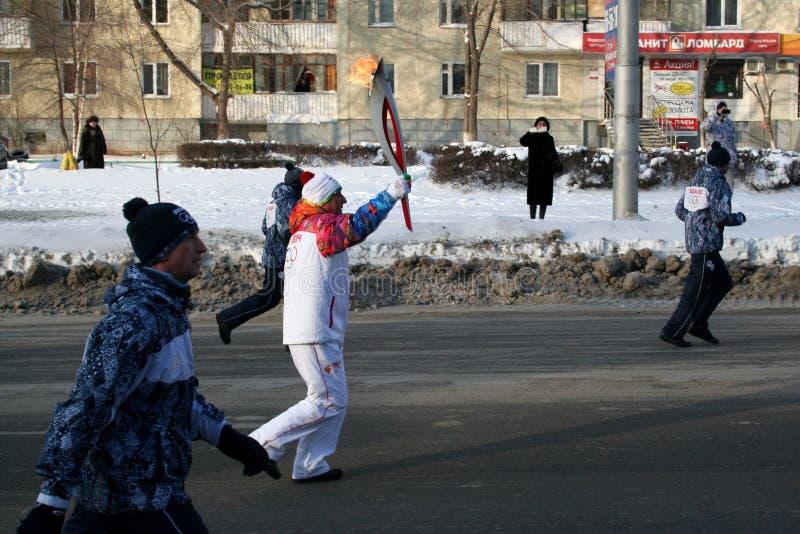 Olimpijski płomień. Ufa miasto, respublika Bashkortostan, Rosja, 20 Grudzień, 2013 roku. obrazy stock