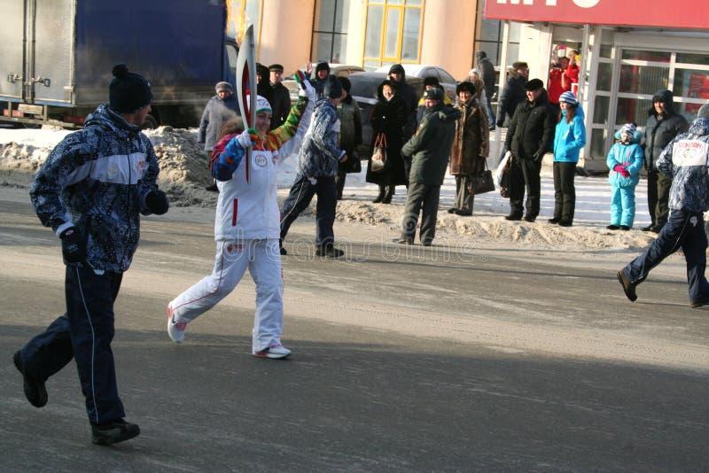 Olimpijski płomień. Ufa miasto, respublika Bashkortostan, Rosja, 20 Grudzień, 2013 roku. fotografia royalty free
