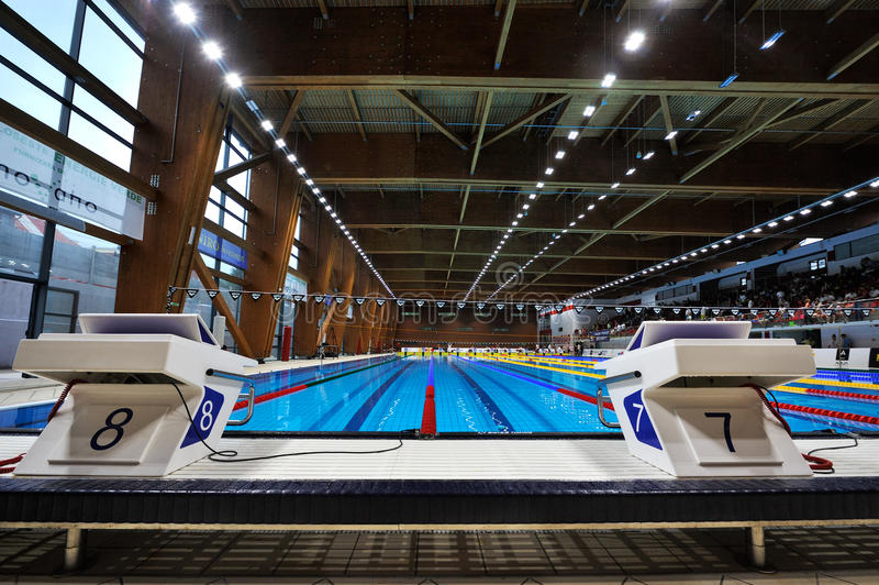 Olimpijski pływackiego basenu szczegół obrazy stock