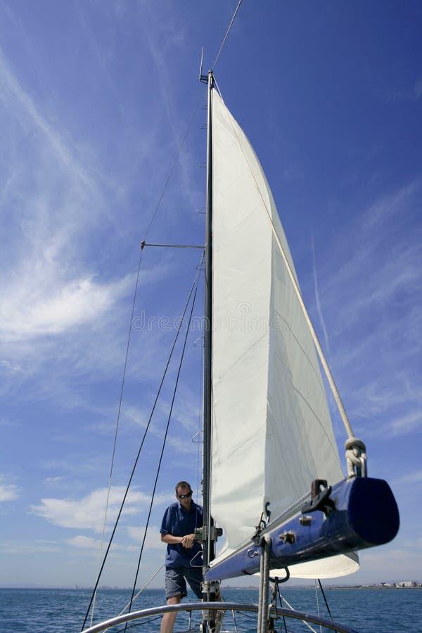 olinowania żaglówki żeglarza żagle obraz royalty free