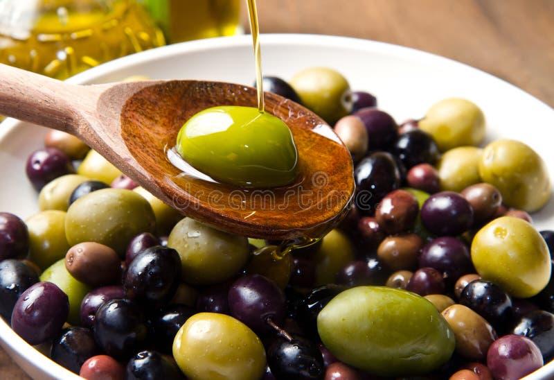 Olio d'oliva fotografie stock libere da diritti