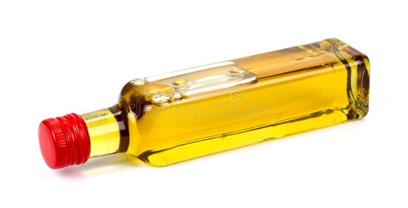 Olio di arachide su un fondo bianco!!! immagine stock
