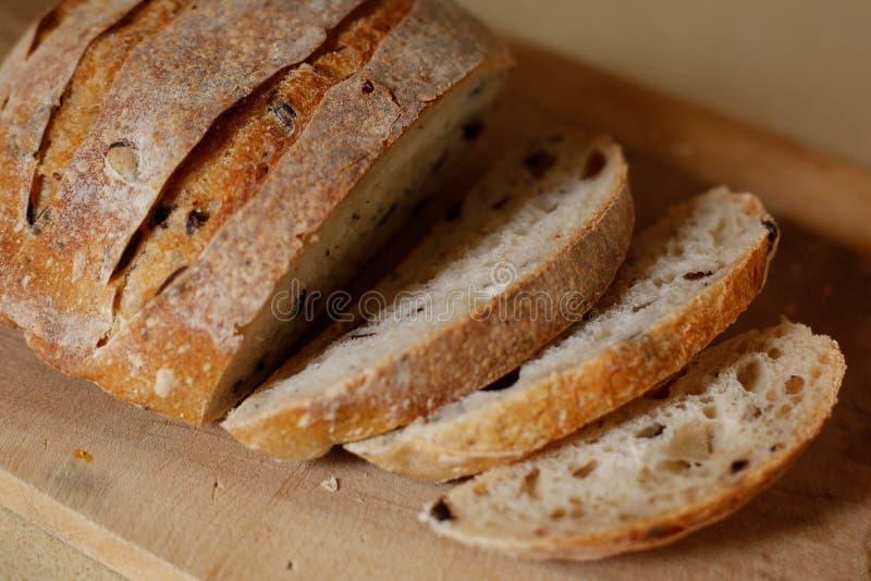 Olive Bread découpée en tranches photo libre de droits