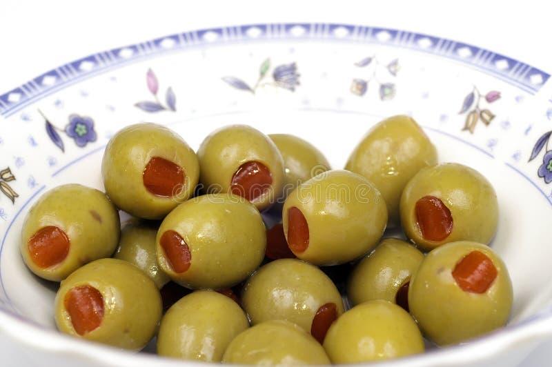 Olive mit Paprika lizenzfreies stockbild
