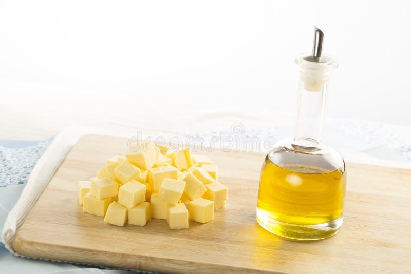 Olive Oil och smör royaltyfria bilder