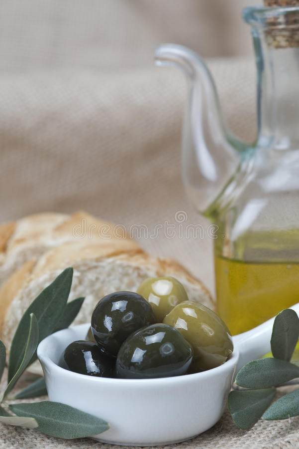 Olive Oil With Olives And Bread Royalty Free Stock Photography