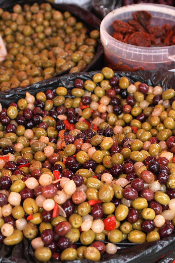 Olive, verdure marinate immagini stock libere da diritti