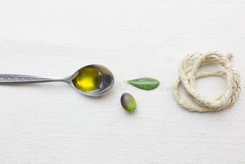 Olivenöllebensmittel lizenzfreie stockfotografie
