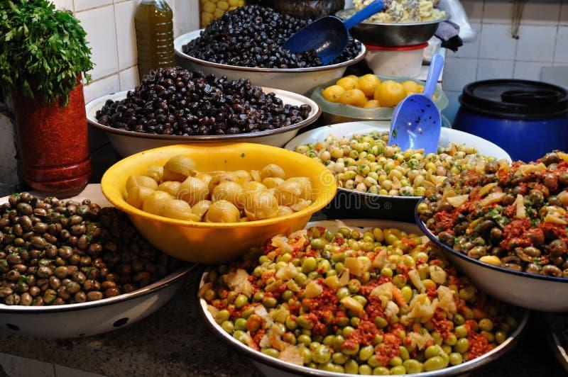 Oliven-Strömungsabriß in Marokko stockfotografie