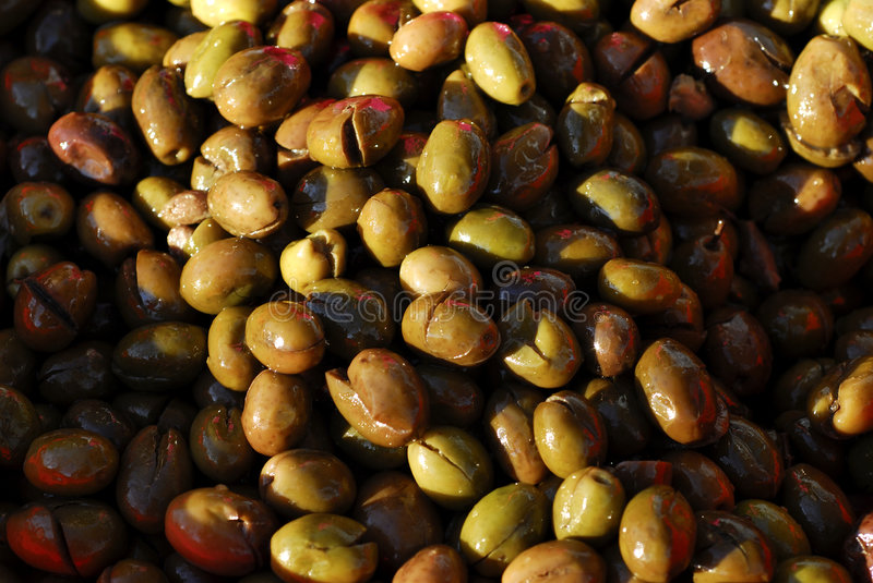 Download Olives 4 Royalty Free Stock Image - Image: 1714686